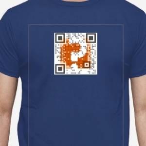 Código QR en camiseta