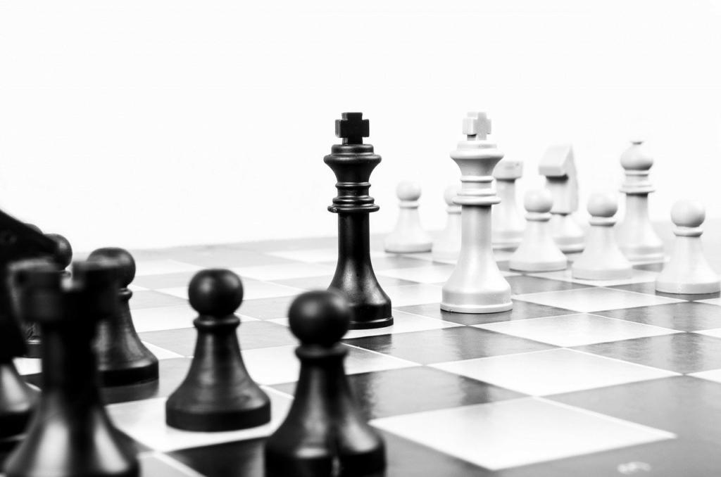 Tabla de ajedrez- líderes responsables